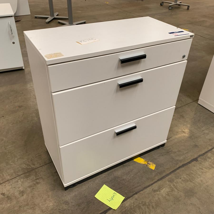 Kinnarps White 2 Drawer Lateral Filing Cabinet wit