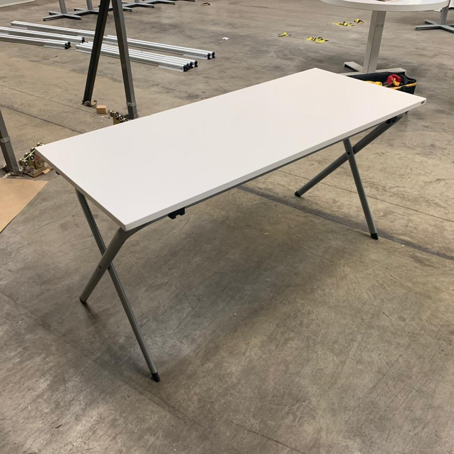 Kinnarps Edux White 1400x600 Folding Training Tabl