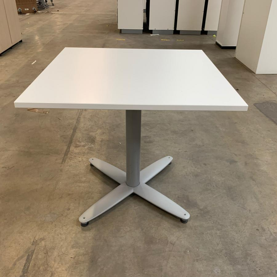 Kinnarps White 800x800 Office Table