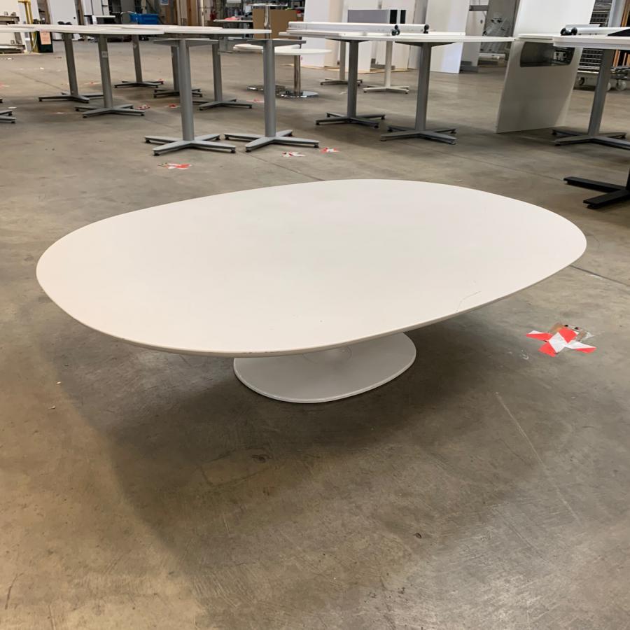 White 345H x 1350L x 1000D Coffee Table