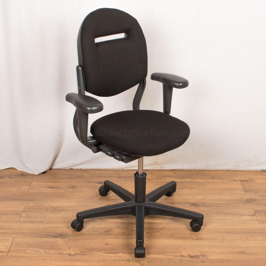 Ahrend 220 Operators Chair