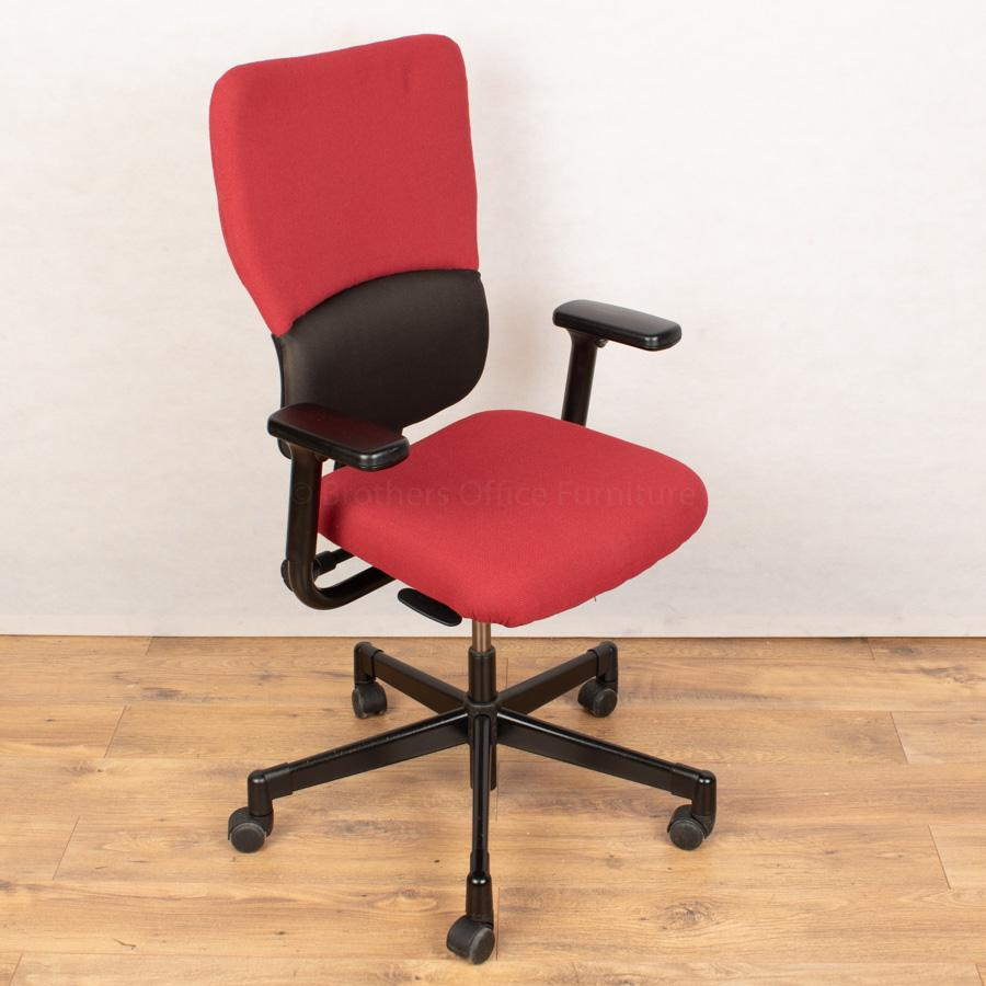 Steelcase Lets B Operators Chair